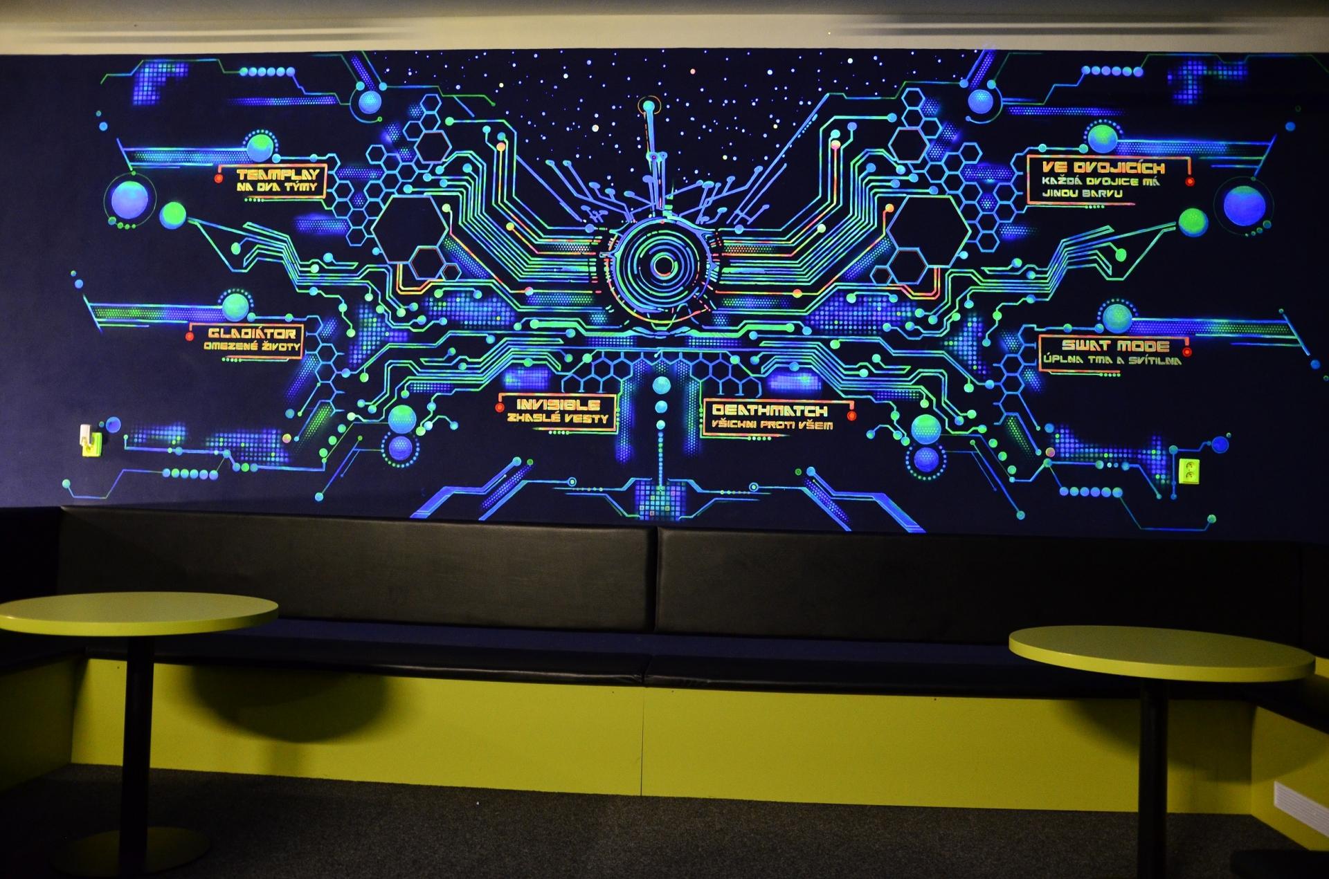 Futuristická malba s nabídkou herních módů