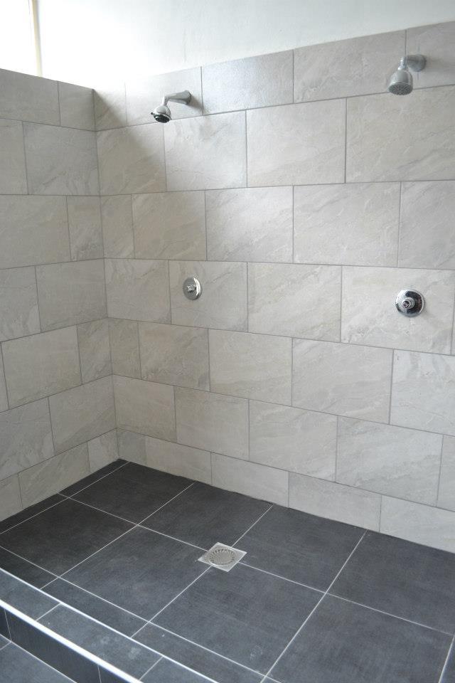 Po náročné hře se můžeš zdarma osprchovat..